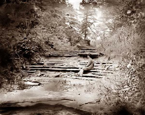 Wilbur Wright at the -Narrows- 1898