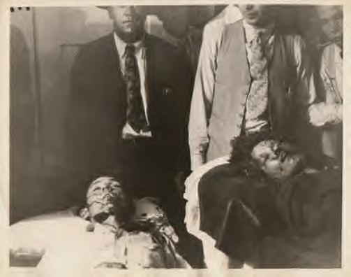 Bonnie and Clyde layed out at funeral parlor as soon as they were