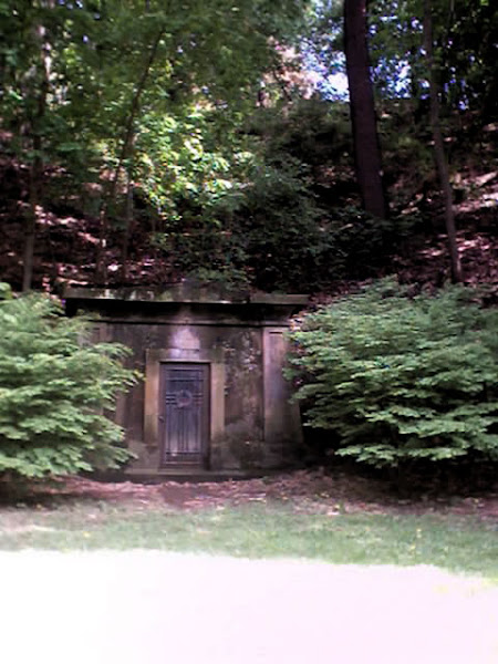 Commins Mausoleum