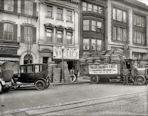 Washington, D.C., 1922. Amalgamated Tires, 14th Street N.W.