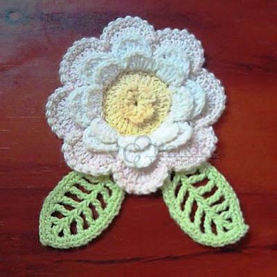 foloorwm1 Örgüden çiçek yapımı