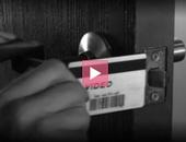 如何用信用卡開鎖