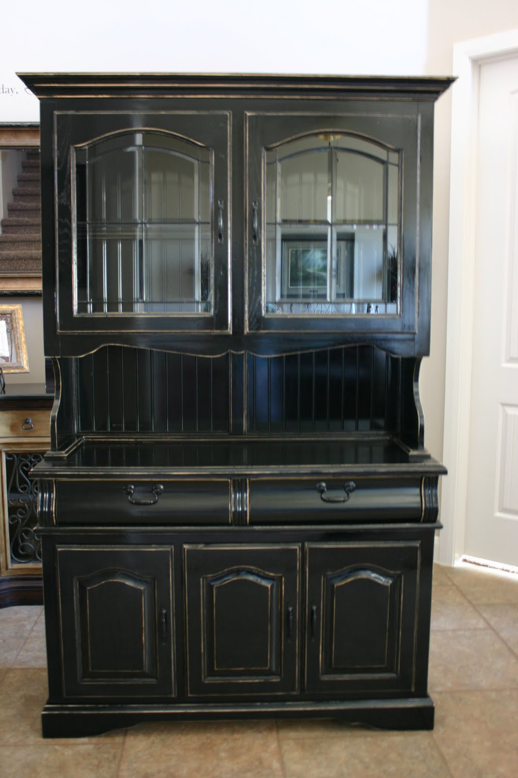Doubletake decor china hutch for Hutch decor