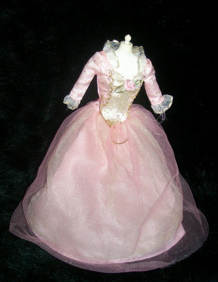 Mattel produced this doll in 2004.