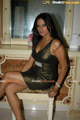 Brinda Parekh Sex Appealing Shots image