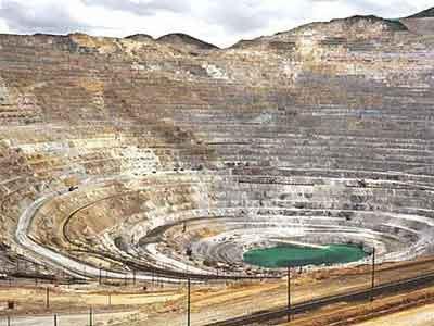 Los Hoyos Terrestres Más Impresionantes Bingham-Canyon-Mine