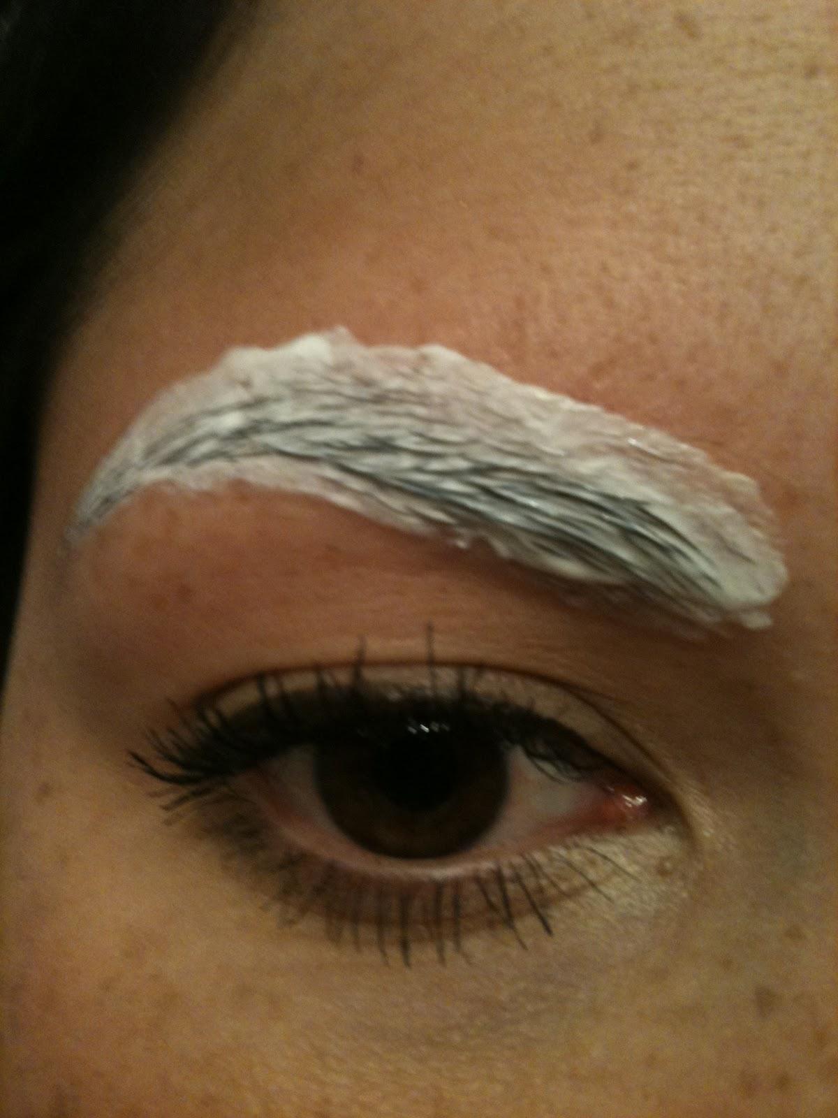 Nikras Make Up How To Shape You Eyebrows