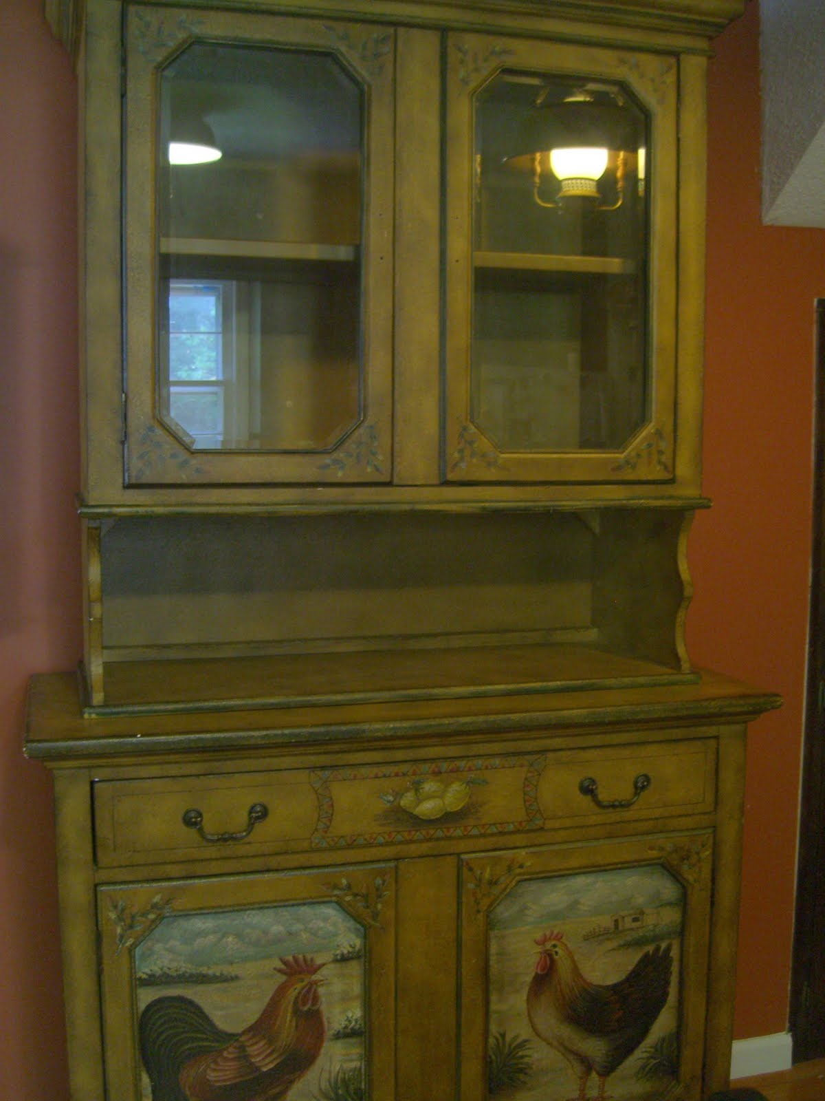 Rooster/Country Kitchen Cabi& Dollhouse