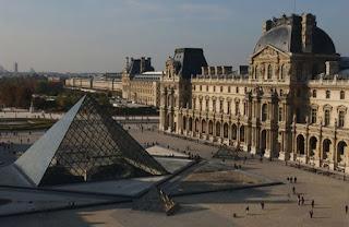 Histoire des arts de rombas la pyramide du louvre - Construction pyramide du louvre ...