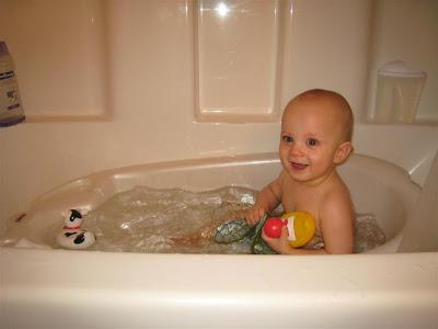 Legendary Twins: Bath Time & Play Time