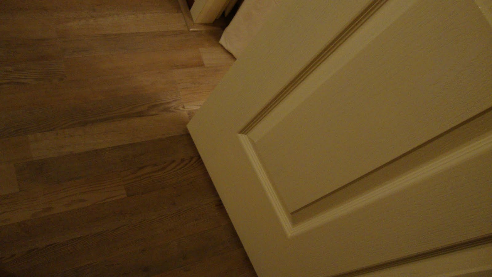 Laminate flooring way should lay laminate flooring for Laying laminate flooring