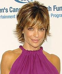 lisa rinna hairstyle. 2009-short-hairstyle-from-Lisa-Rinna-5.jpg