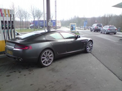 rapidess 2 Aston Martin Rapide Production Version Caught on the Road Photos