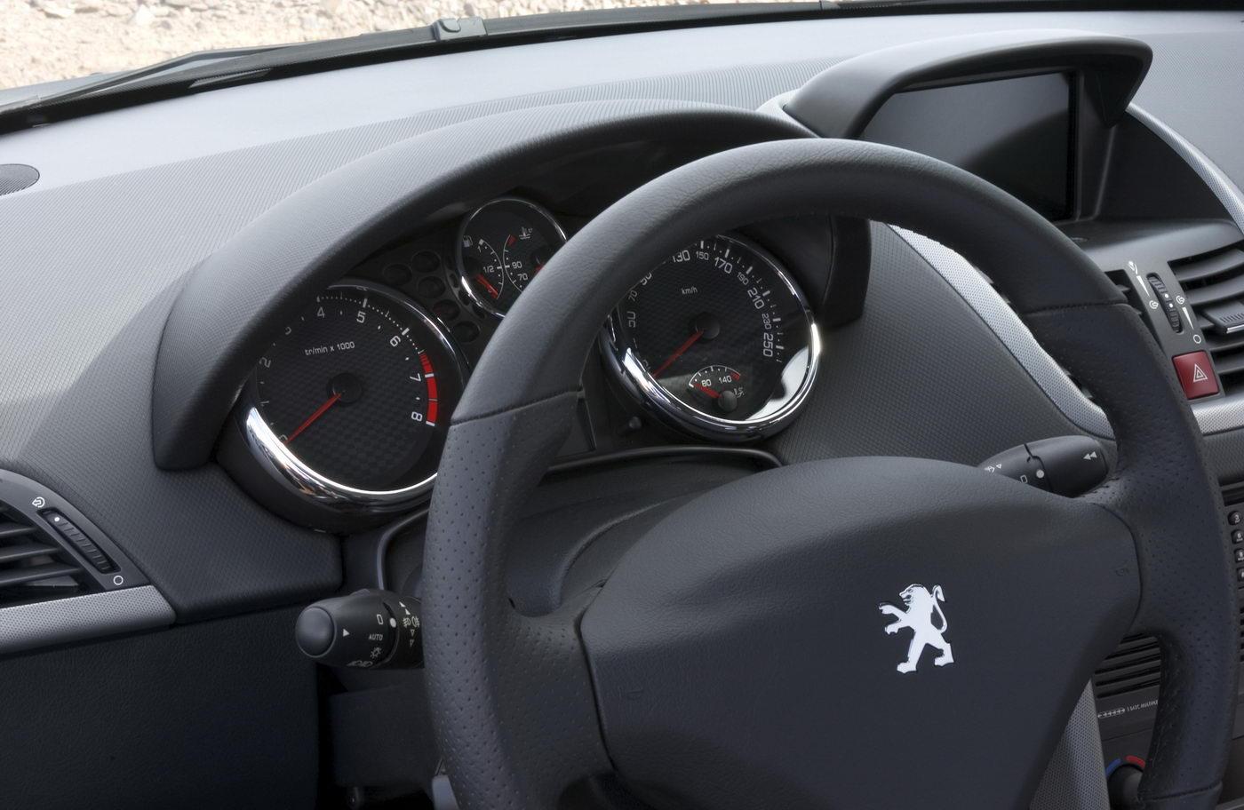 "Carscoop Peugeot 4007 111 Geneva Preview: Peugeot 4007 SUV & 4007 ""Holland&Holland"" Concept"