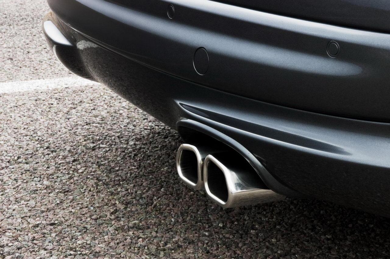Carscoop 207RC 55 Geneva Preview: Peugeot 207 RC 1.6 Turbo 175Hp