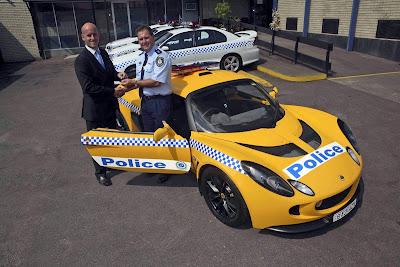 Carscoop lotus C 1 Australian Police gets a Lotus Exige