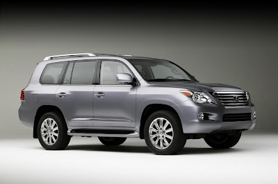Carscoop 08 LX 570 12 NY Preview: Lexus LX 570