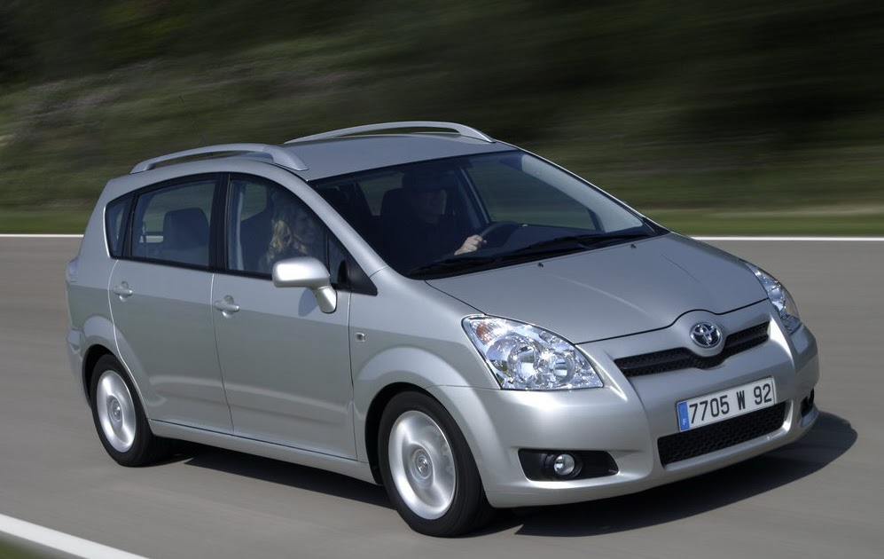 2008 toyota corolla verso fresh face 2 2diesel with dpf. Black Bedroom Furniture Sets. Home Design Ideas