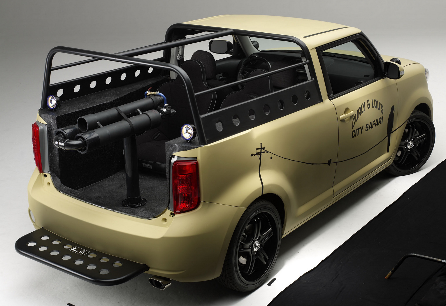 Car Reviews Sema Scion Xb L Con City Safari Pick Up