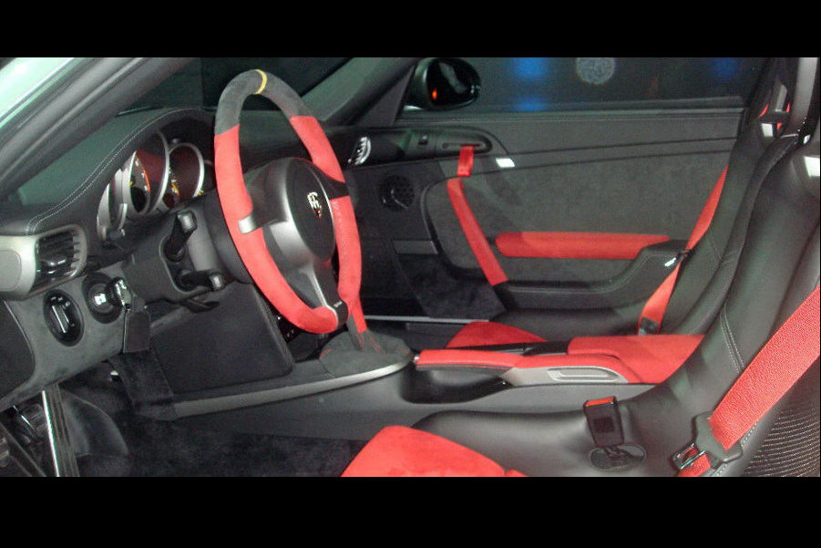 2011 porsche 911 gt2 rs new photos surfaces online. Black Bedroom Furniture Sets. Home Design Ideas