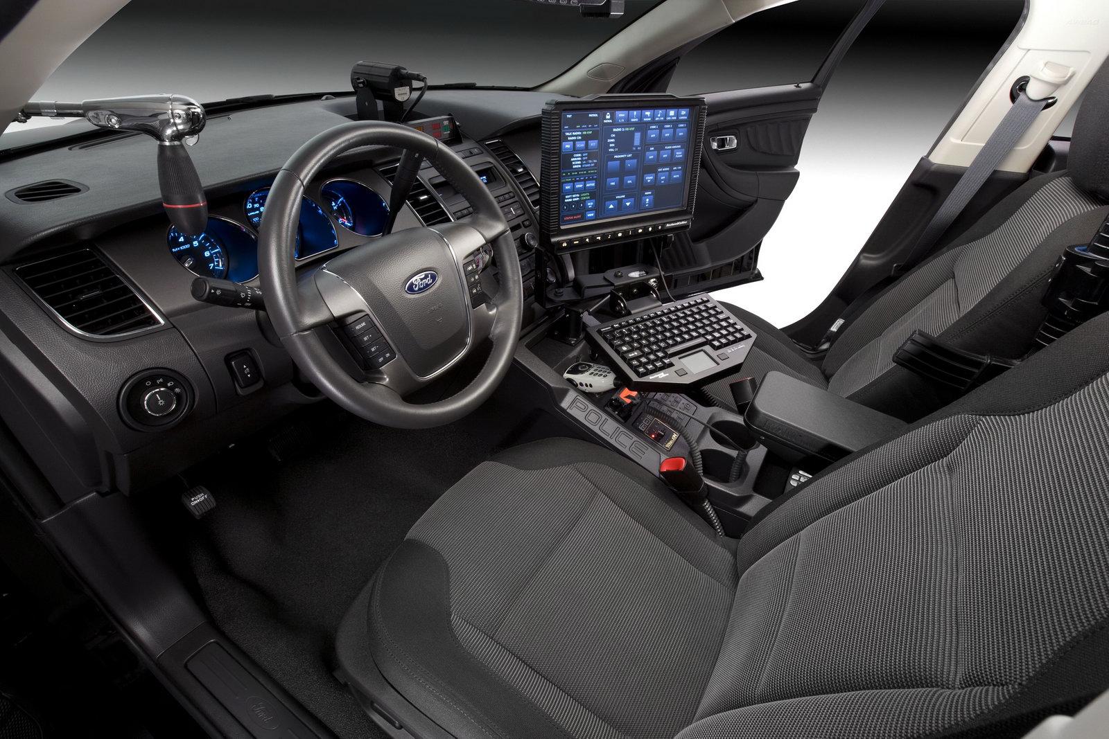 Ford-Taurus-Inteceptor-3.jpg