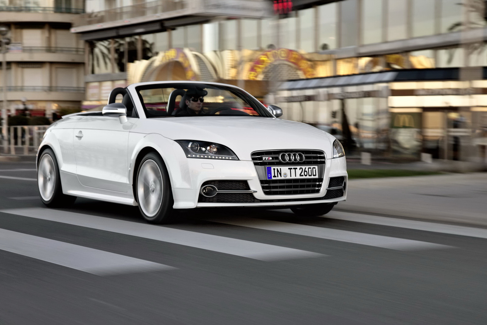 2011 Audi Tt Coupe And Roadster Range Facelifted New 211hp 2 0 Tfsi Carscoops