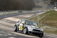 MINI E RACE Ring 5 VIDEO: All Electric MINI E Laps the Nurburgring Circuit in Under 10 Minutes