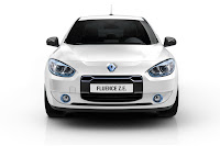 Renault Fluence ZE 2 Renault Reveals Production Versions of All Electric Fluence Z.E. and Kangoo Van Z.E