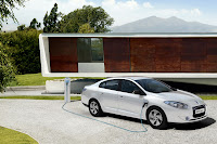 Renault Fluence ZE 9 Renault Reveals Production Versions of All Electric Fluence Z.E. and Kangoo Van Z.E