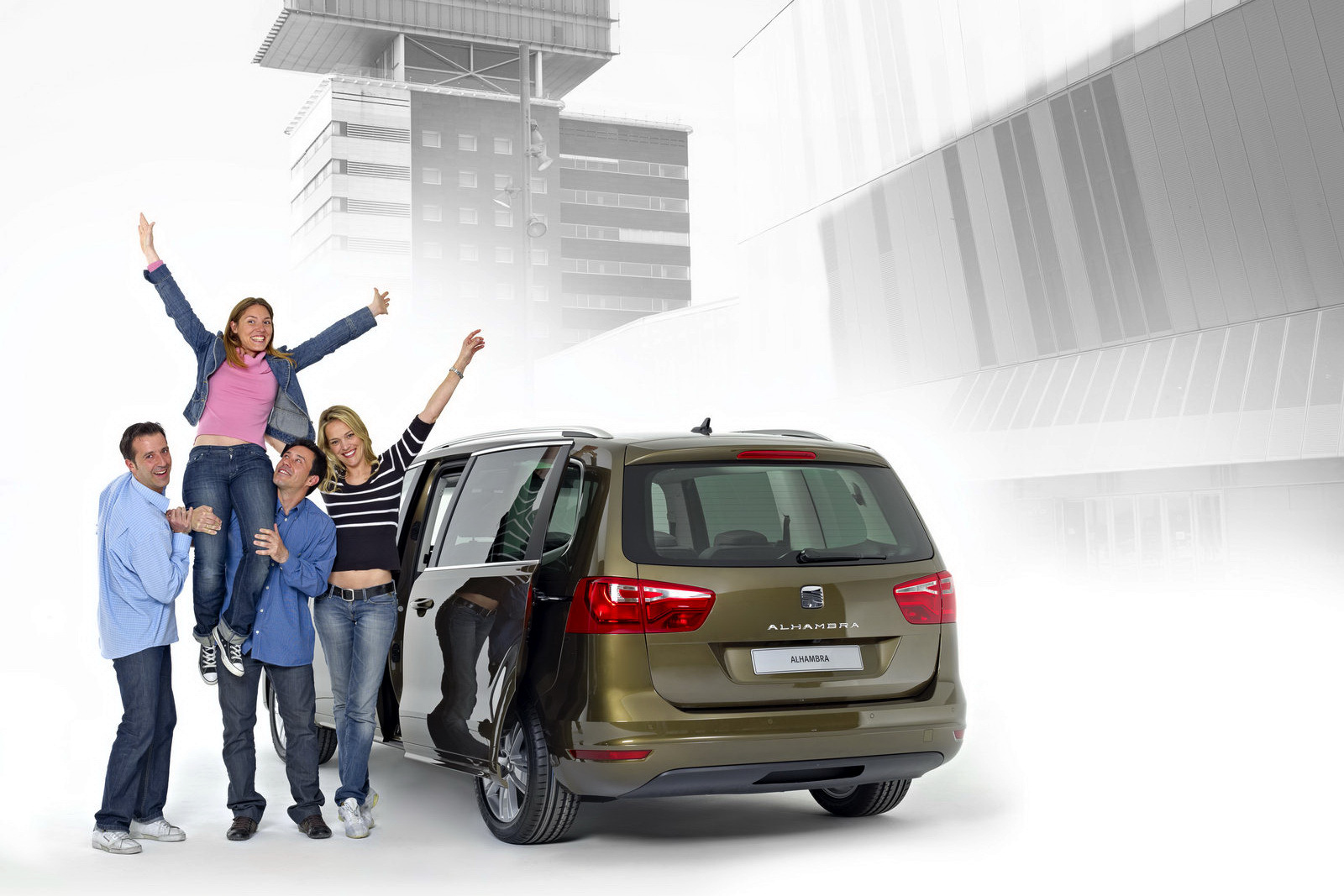 The Car New Seat Alhambra Mpv Vw Sharan S Twin Brother