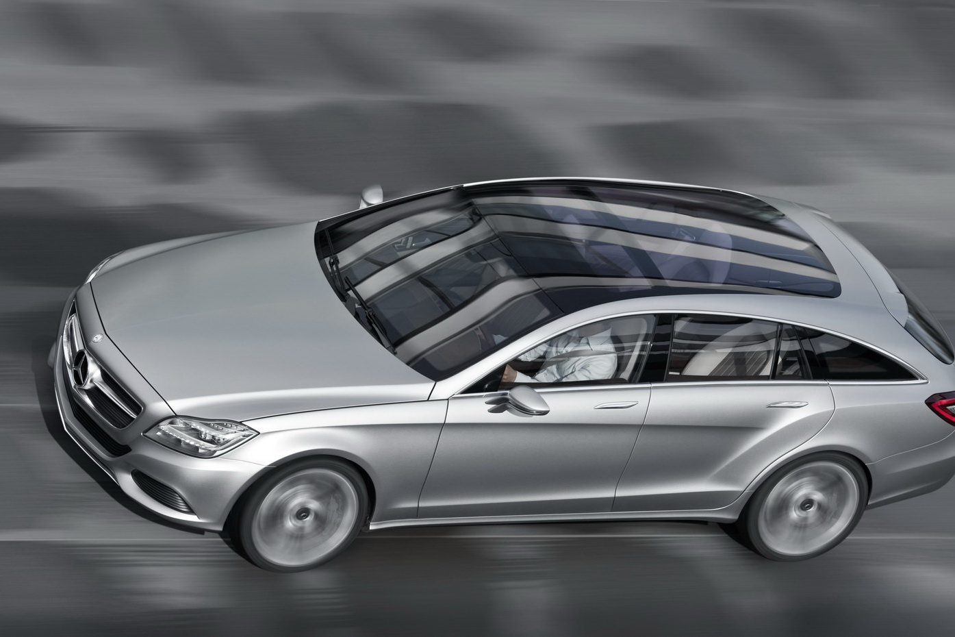 Breaking mercedes benz to build cls shooting brake on for Build my mercedes benz