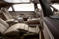 2011 Maybach 8 Beijing Auto Show: Maybachs Face lifted Offerings