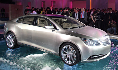 BINV 3 Buick Invicta Concept Live Images Photos