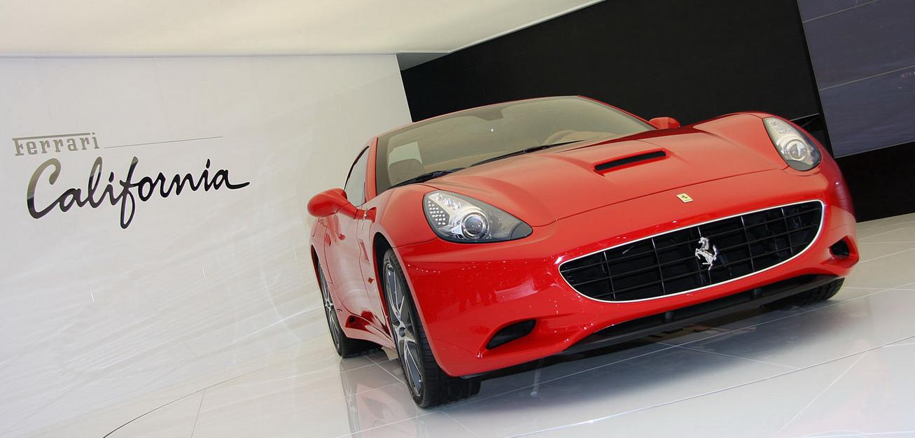 Ferrari-Paris-Show_3.jpg