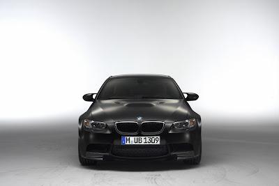 http://4.bp.blogspot.com/_FoXyvaPSnVk/S_THRWiYHVI/AAAAAAAC3u8/5JDJKgGnlXM/s1600/2011-BMW-M3-Competition-Frozen-Black-1.JPG