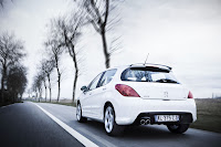 Peugeot 308 GTi 7 Peugeot Tries to Challenge Golf GTI with New 308 GTi 200HP Photos