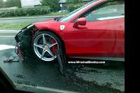 Ferrari 458 Italia Crash 2 First Recorded Crash of Ferrari 458 Italia Photos