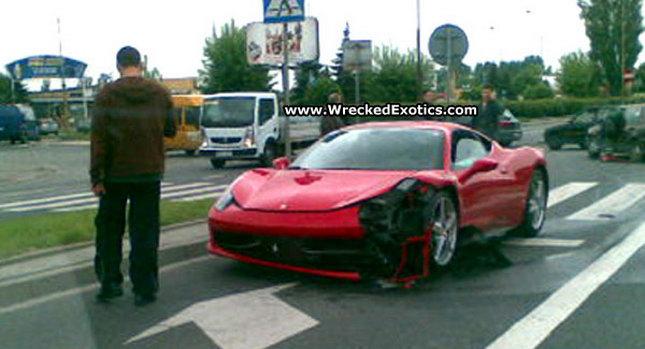 Ferrari 458 Italia Crash 001 First Recorded Crash of Ferrari 458 Italia Photos