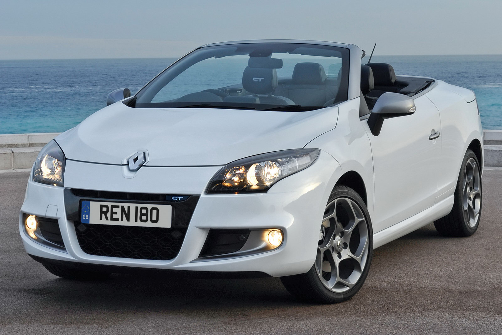 New Renault M 233 Gane Coup 233 Cabriolet To Hit Uk Showrooms In July