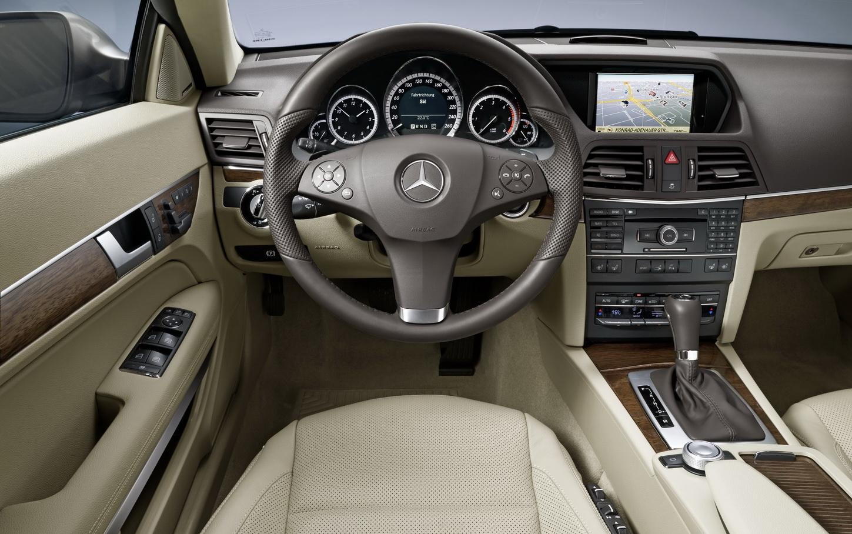 [Mercedes-E-Class-Cabrio-4.JPG]