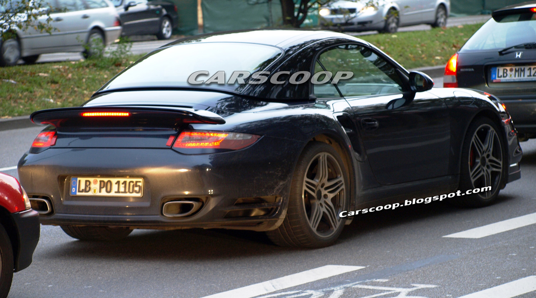 2010 porsche 911 turbo coupe and cabriolet facelift models spied. Black Bedroom Furniture Sets. Home Design Ideas