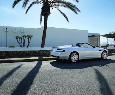 Aston DB9 2 Aston Martin DB9 gets bespoke Bang & Olufsen sound system Photos