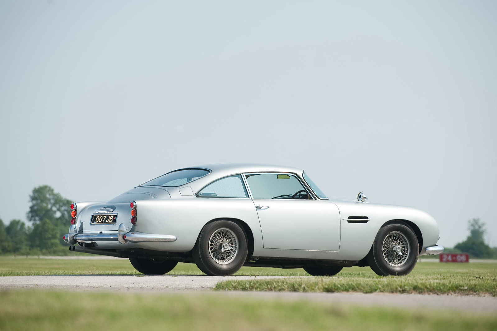 james bond 1964 aston martin db5 101 james bonds original 007 aston. Cars Review. Best American Auto & Cars Review