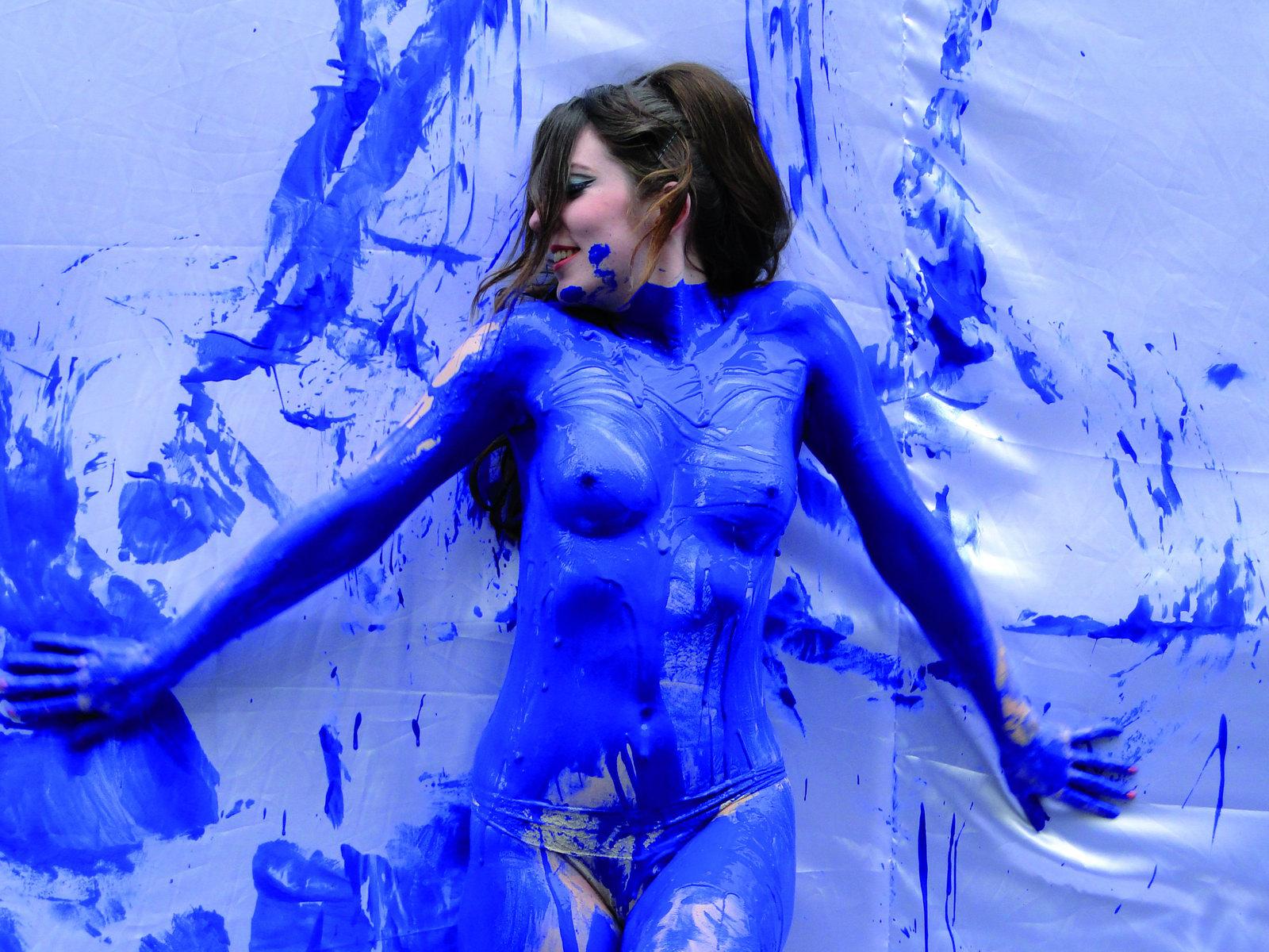 Разрисованная голая фото, Жёсткие супер эротические приколы - Слабонервным не 2 фотография