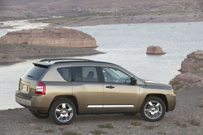 Jeep Compass 2007 Sticky Pedal Virus Hits Chrysler More than 25,000 Dodge Caliber and Jeep Compass Models Being Recalled Photos