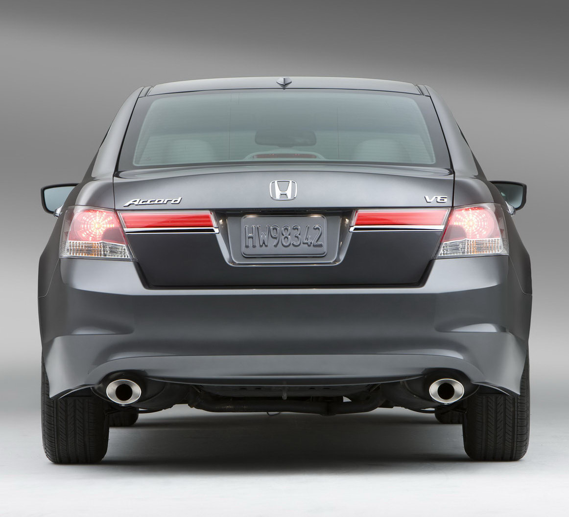 2011 honda accord sedan and coupe facelift first photos. Black Bedroom Furniture Sets. Home Design Ideas
