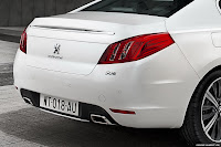 2011 Peugeot 508 11 New Peugeot 508 Officially Unveiled gets HYbrid4 Variant with 200HP and AWD