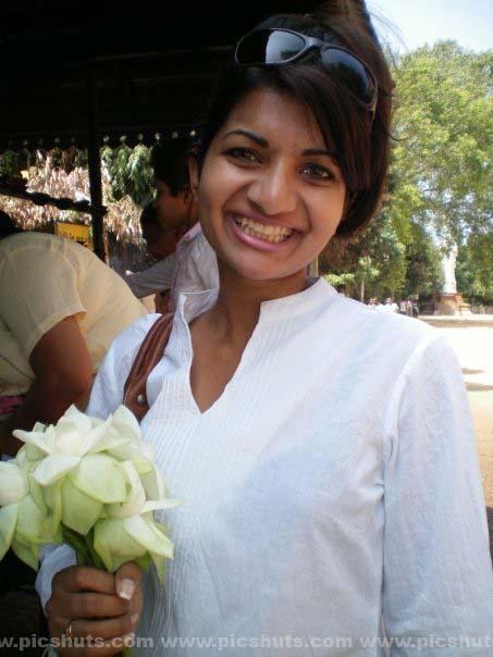[Gamya_Prasadini_8_asiachicks.blogspot.com.jpg]