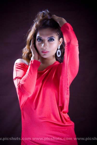[Gamya_Prasadini_12_asiachicks.blogspot.vom.jpg]
