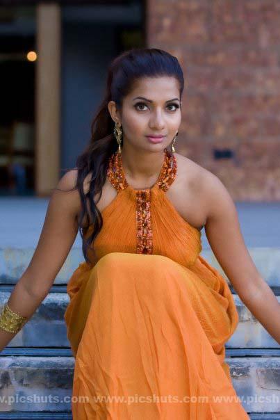 [Gamya_Prasadini_21_asiachicks.blogspot.vom.jpg]